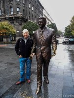 And at last, Keithey posing with Ronnie… just at the park in front of the US Embassy