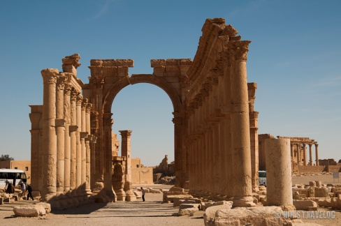 The main gate to Palmyra, which is in the middle of the war