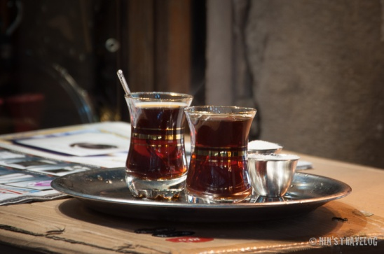 Tea for two at Al Hamadiyyah Souq