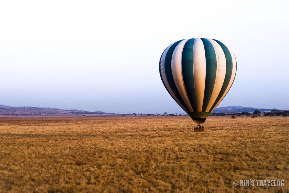 Balloon ride over Serengeti Savannah