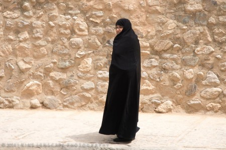 black chador, not manteou.