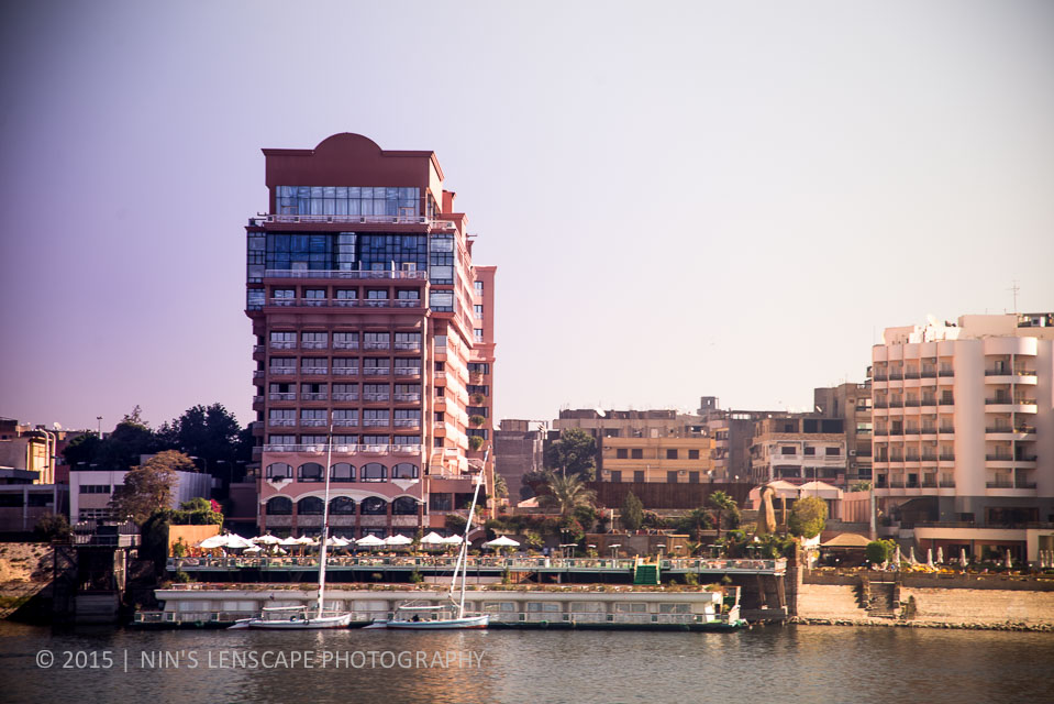 We distance ourselves from the hustle busle of the city of Luxor